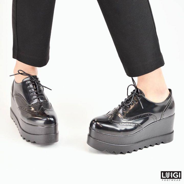 d063f66fa0 Flatform Sneakers σε Λουστρίν. Γυναικεία παπούτσια άνοιξη καλοκαίρι 2016 –  LUIGI FOOTWEAR